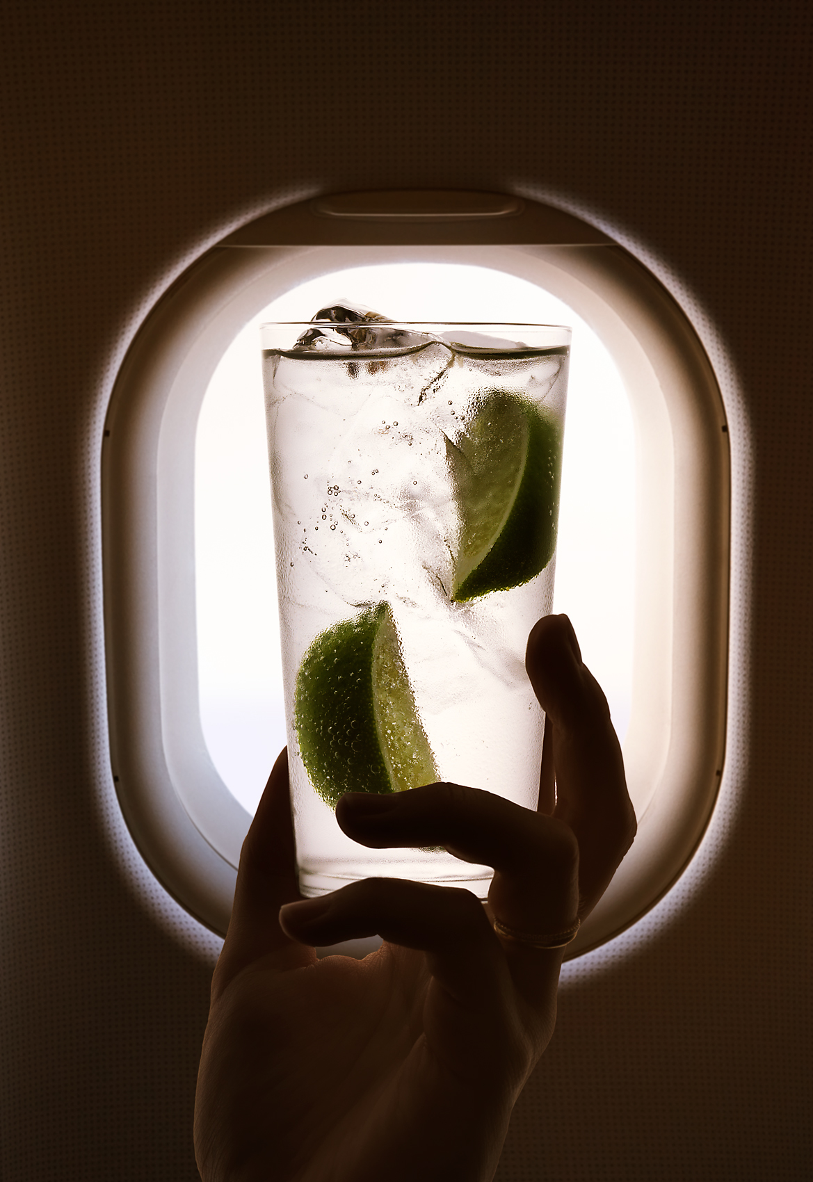 Nick_Rees-AIRPLANE_DRINKS-1