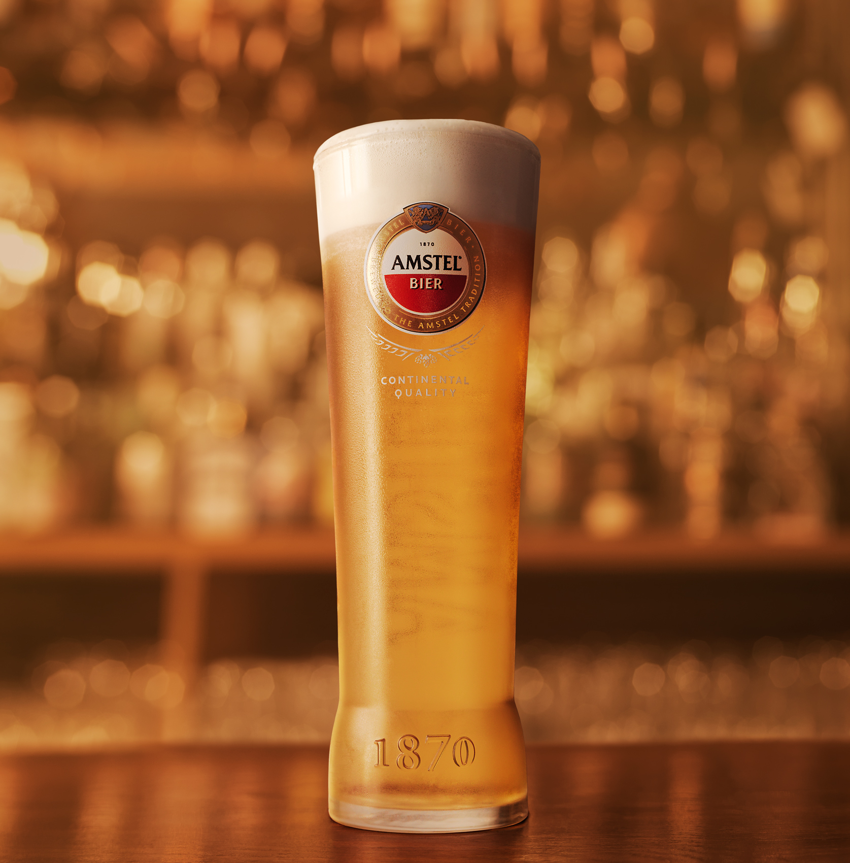 Nick_Rees-Drinks-Amstel-S03-LOW-ANGLE