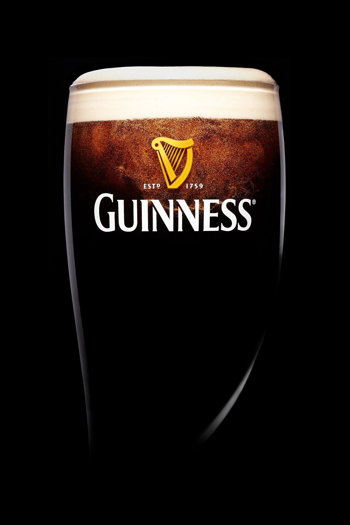 Nick_Rees-Drinks-GUINNESS-FILLING